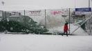 Pallone abbattuto dalla neve